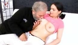 Menage a trois where old granddad and young chap seduce one cutie